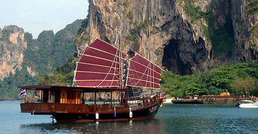 Boat1 Top Tours To Do While Visiting Phuket