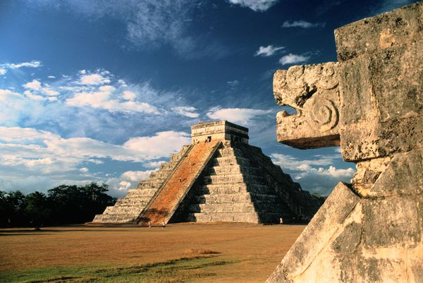new old 7 wonders chichen itza mexico 18302 600x450 The New Seven Wonders Of The World