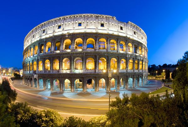 new old 7 wonders colosseum rome italy 18304 600x450 The New Seven Wonders Of The World