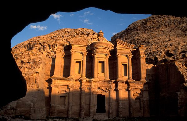 new old 7 wonders petra jordan 18312 600x450 The New Seven Wonders Of The World