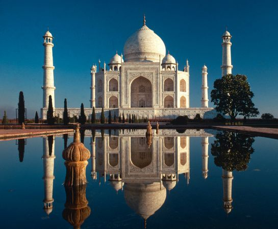 new old 7 wonders taj mahal india 18314 600x450 The New Seven Wonders Of The World