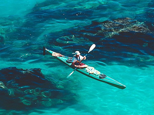 sea kayaking in abel tasman abel tasman national park new zealand+12980667957 tpfil02aw 31379 Top ThingsTo Do In New Zealand: