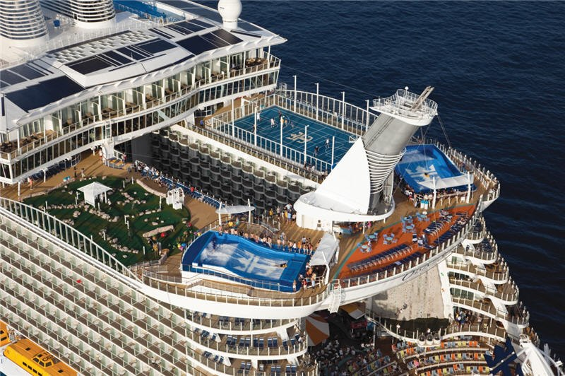 376762 10151195663686397 269981245 n Royal Caribbean Qualified Casino Rated Players Sail FREE!