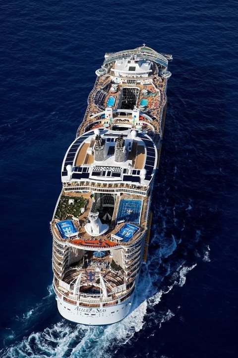 576860 10151213802176397 667021427 n Royal Caribbean Qualified Casino Rated Players Sail FREE!