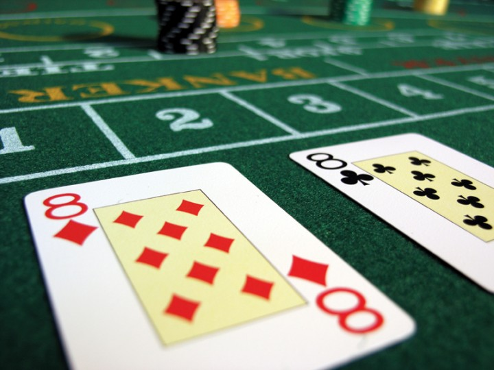 Baccarat table 720x540 Blackjack, Craps Or Baccarat: Which Game Has The Best Odds?